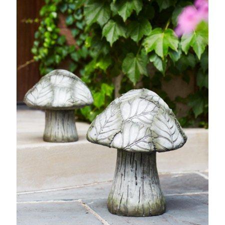 """Set of 2 Mushroom Outdoor Garden Patio Figures with Green Leafy Caps 8"""" - 12"""" - image 1 de 1"""
