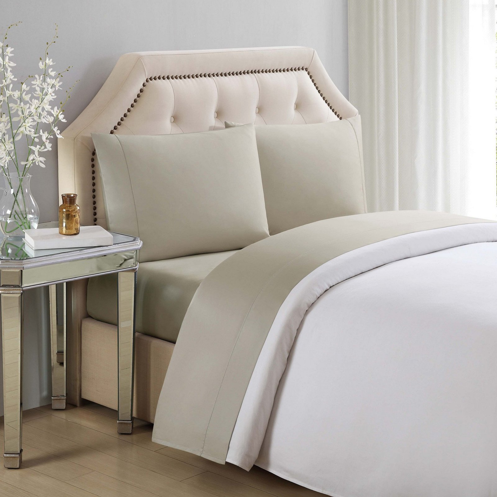 610 Thread Count Cotton Solid Bright White Pillowcases by...