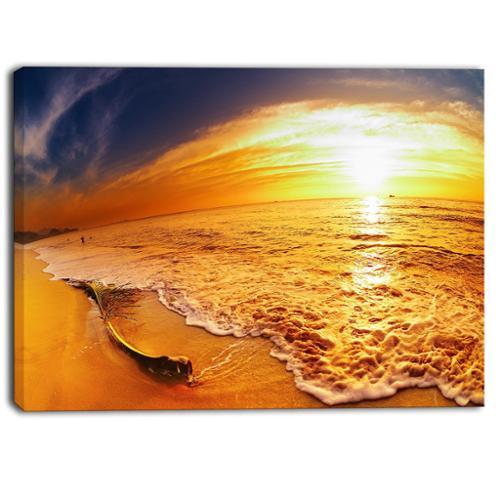 DESIGN ART Designart Tropical Beach at Sunset Photography Canvas Art Print by Overstock