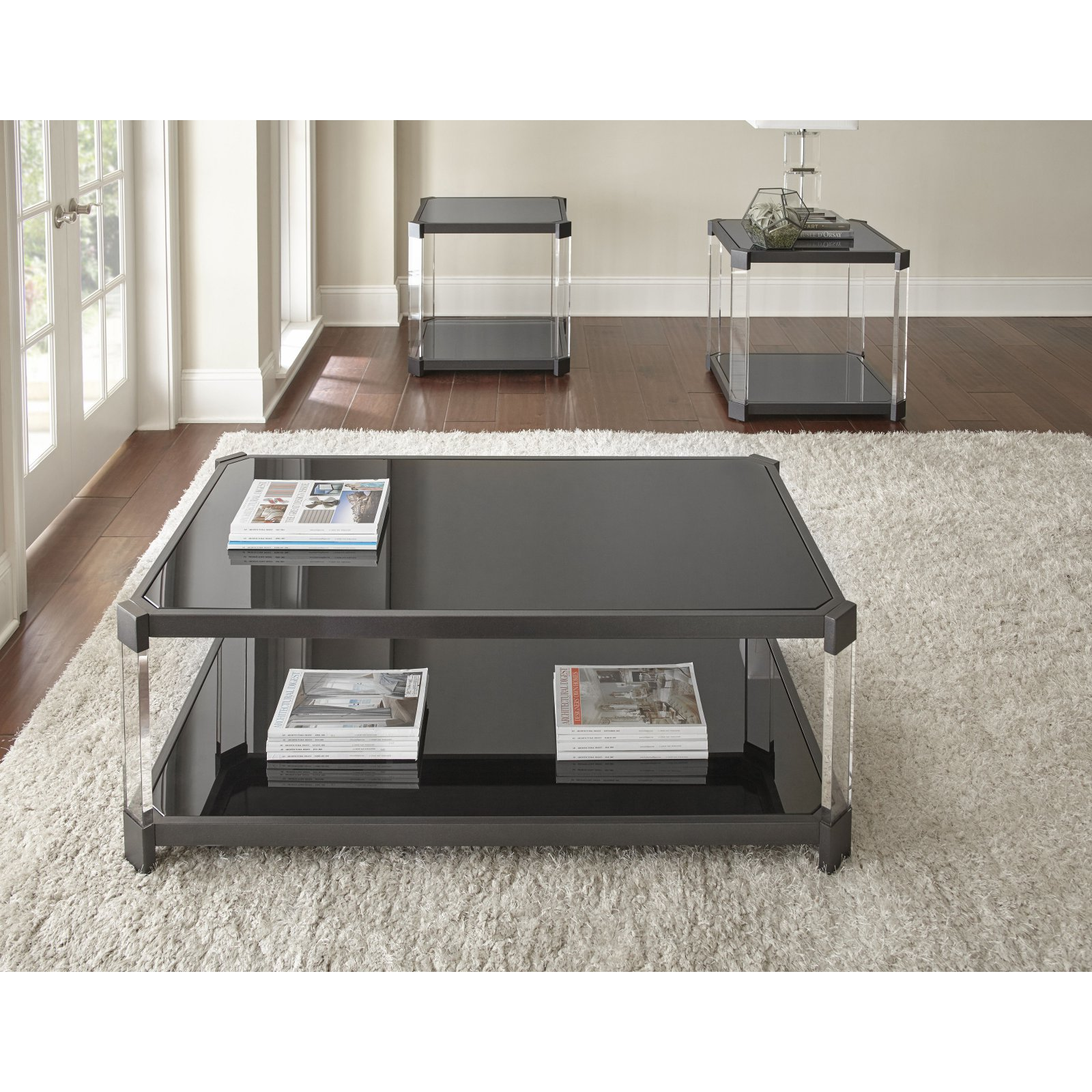 Steve Silver Newton Cocktail Table With Casters