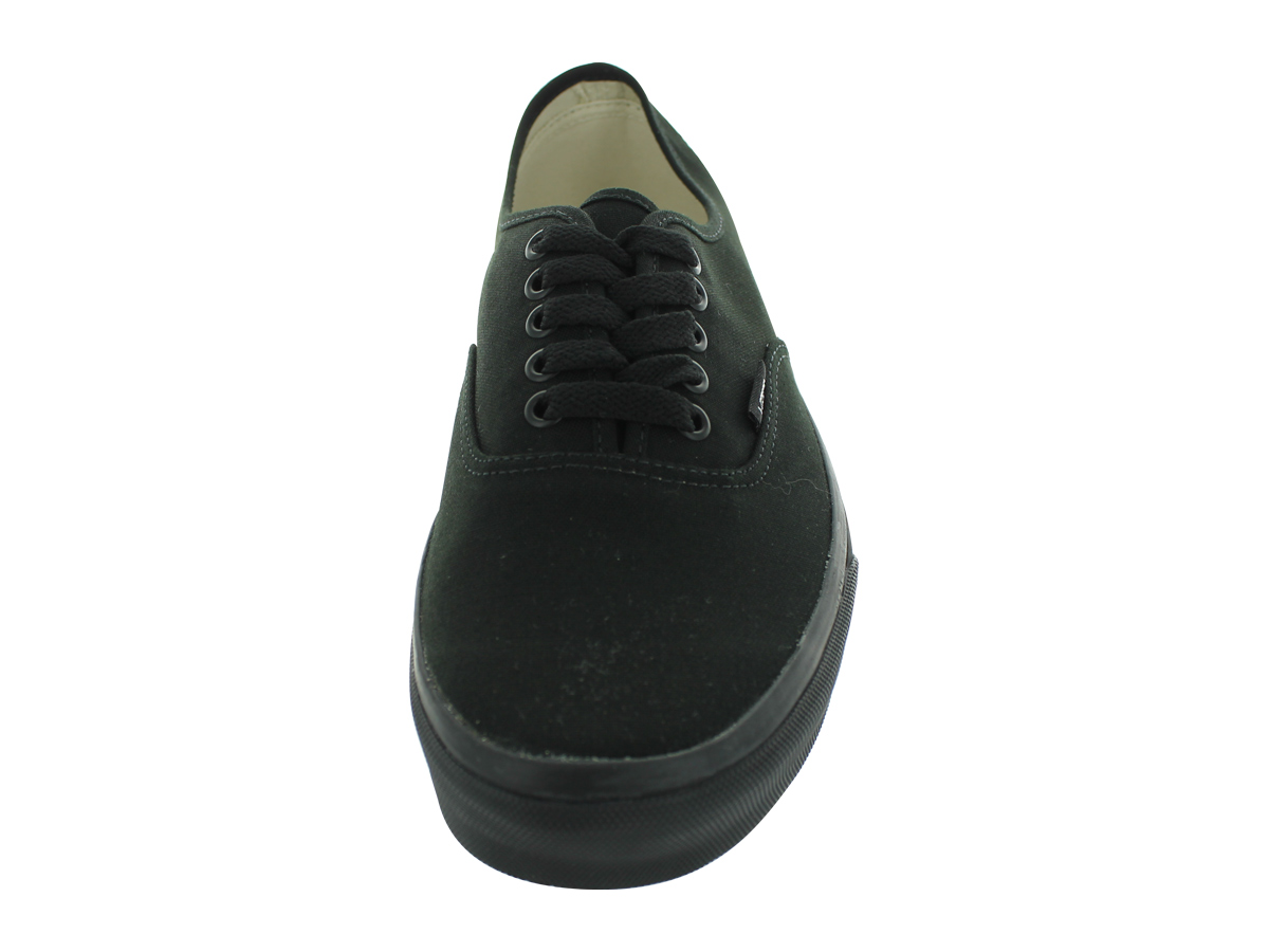 VANS AUTHENTIC SKATE SHOES Economical, stylish, and eye-catching shoes