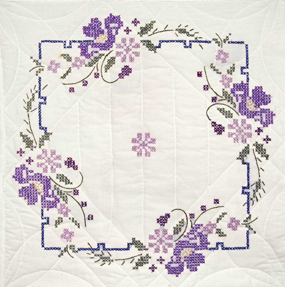 "Stamped Quilt Blocks 18""X18"" 6/Pkg-Iris On Square Border"