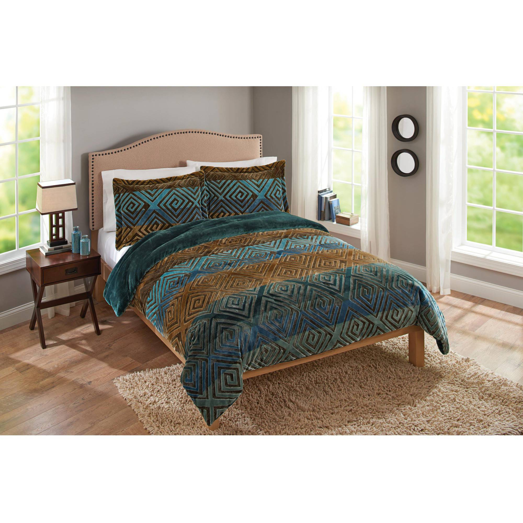 Savoy Velvet Plush Print Bedding Comforter Mini Set by Sun Yin