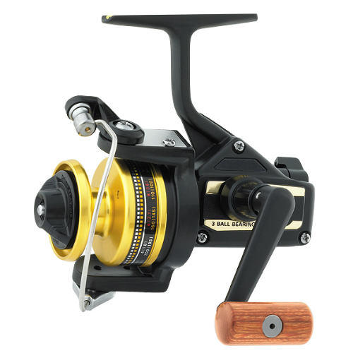 Click here to buy Daiwa BG20 Black Gold Heavy Action Spinning Reel Fishing Reel by Daiwa.