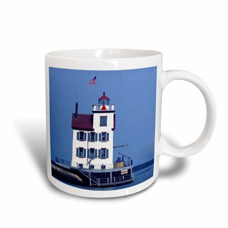 3dRose Lorain Lighthouse in Lorain Looking Over Lake Erie, Ceramic Mug, 11-ounce
