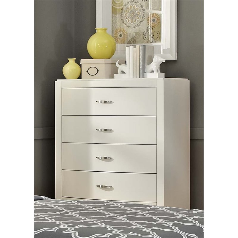 Liberty Furniture Avalon II 5 Drawer Chest in White Truffle
