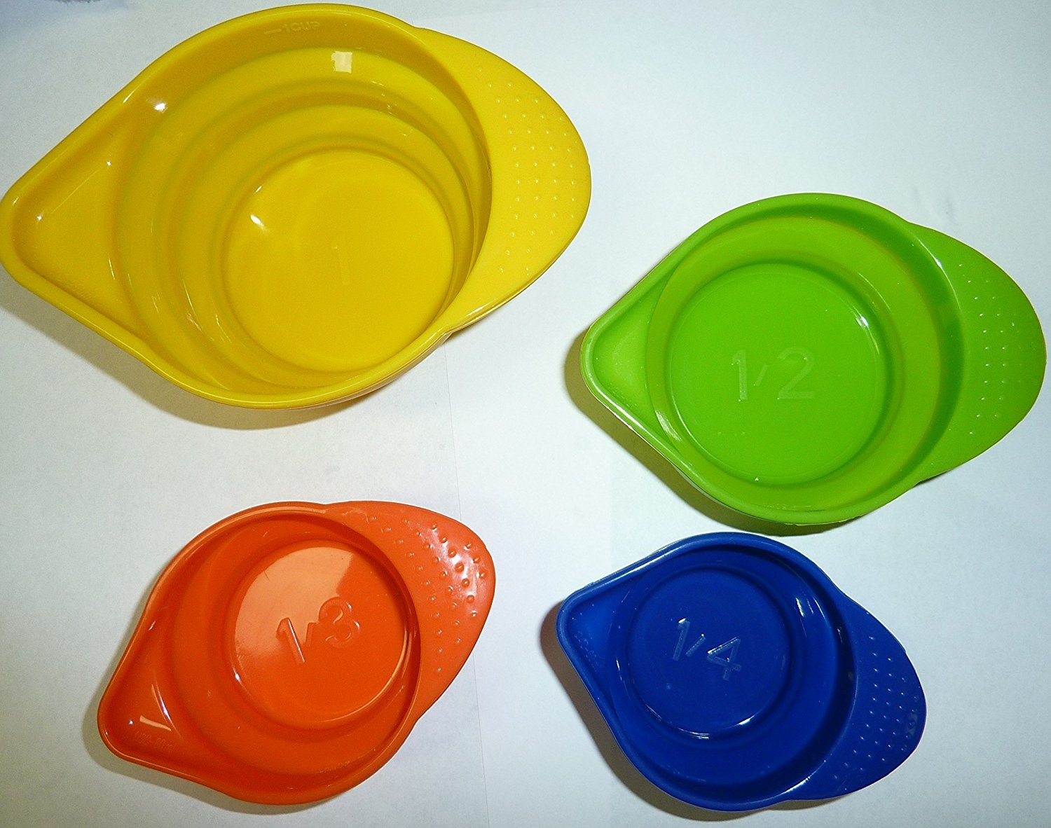 Weight Watchers Sealed Collapsible & Stackable Silicone Measuring Cups by WEIGHT WATCHERS