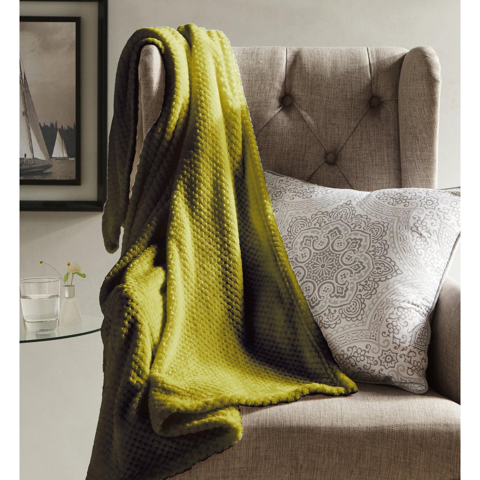 Kensie & Myrcella Fleece Sherpa Throw Blanket