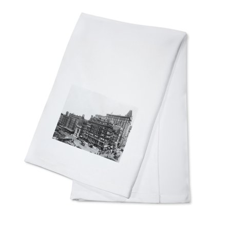 Street Scene of Park Place and Broadway NYC Photo (100% Cotton Kitchen Towel)](Halloween Store Broadway Nyc)