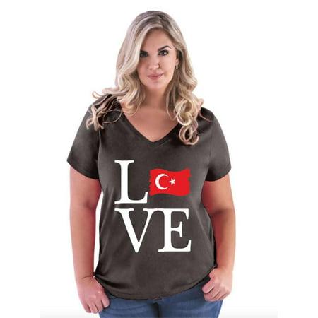 Love Turkey Women Curvy Plus Size V-Neck Tee