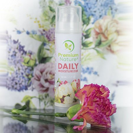 Daily-Moisturizer Face-Serum - Hydrating Vitamin Lotion For Daily Use Dispenser with Aloe Jojoba Shea Butter Green Tea For Sensitive Dry Oily Skin