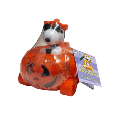 Peanuts Halloween Snoopy Pumpkin Car, Candy-Filled for $<!---->