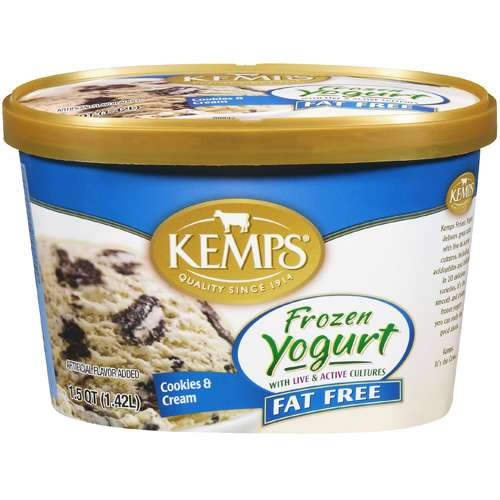Kemps Fat Free Cookies & Cream Frozen Yogurt, 1.5 qt