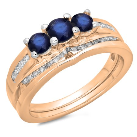 1.10 Carat (ctw) 18K Rose Gold Round Blue Sapphire & White Diamond Ladies Bridal 3 Stone Engagement Ring With Matching B