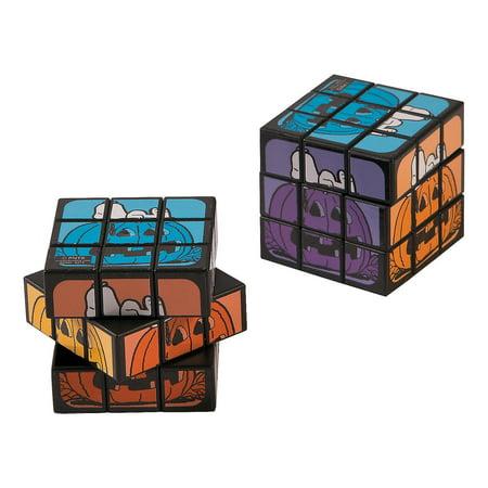 Fun Express - Peanuts Halloween Mini Magic Cubes for Halloween - Toys - Games - Puzzles - Halloween - 12 Pieces (Halloween Printable Puzzles Games)
