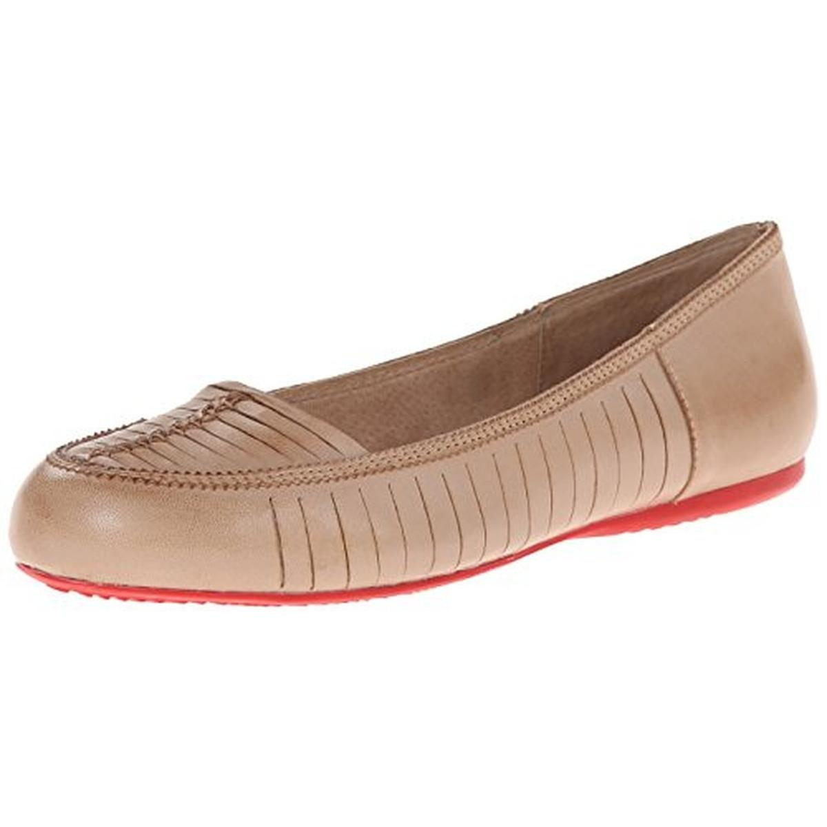SoftWalk Womens Natchez Leather Round Toe Flats by SoftWalk