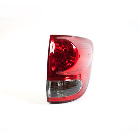 Replacement TYC 11-6113-00-1 Passenger Side Tail Light For 05-06 Toyota Sequoia
