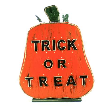 Halloween TRICK OR TREAT LIGHT UP Wood Pumpkin Timer 9736884