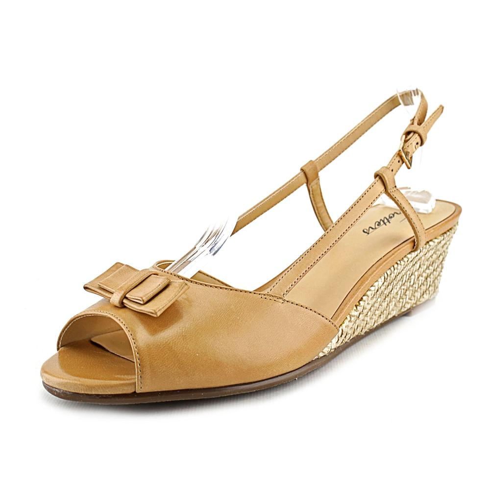 Trotters Milly W Open Toe Leather Wedge Sandal by Trotters