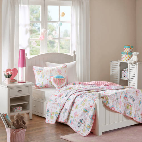 Home Essence Kids Poodles in Paris Coverlet Set