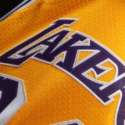 Shaquille O Neal Los Angeles Lakers Mitchell   Ness 1996-97 Hardwood  Classics Swingman 426cca533