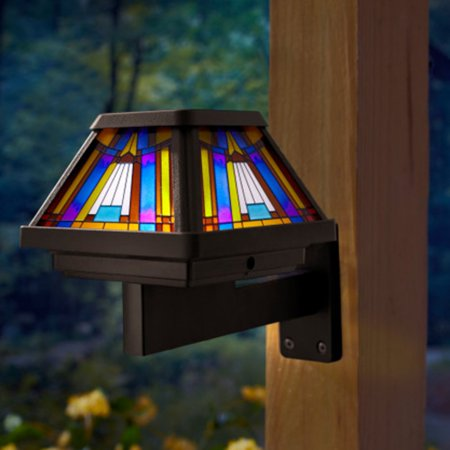 (Moonrays 91241 Inglenook Premium Output Solar Powered Stained Glass LED Post Cap Light, Brushed Copper Finish)