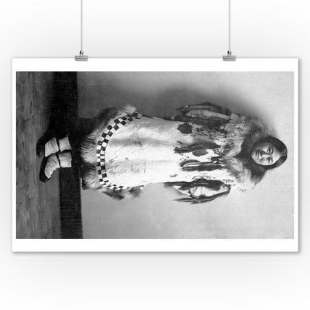 Newarluk, an Eskimo Belle in Nome, Alaska Photograph (9x12 Art Print, Wall Decor Travel Poster) (Belles Photos D'halloween)