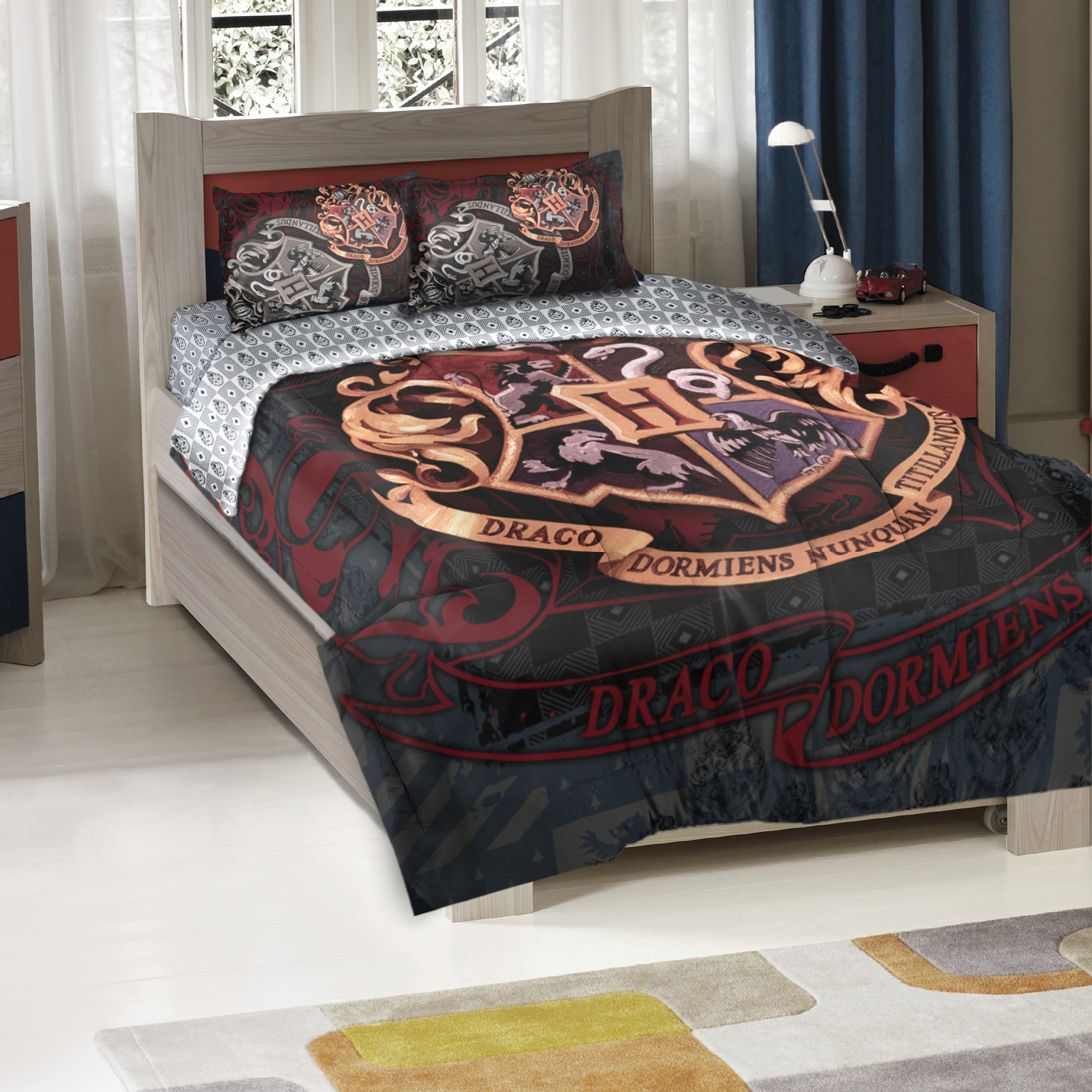 Harry Potter School Motto Twin/Full Bedding Comforter Set