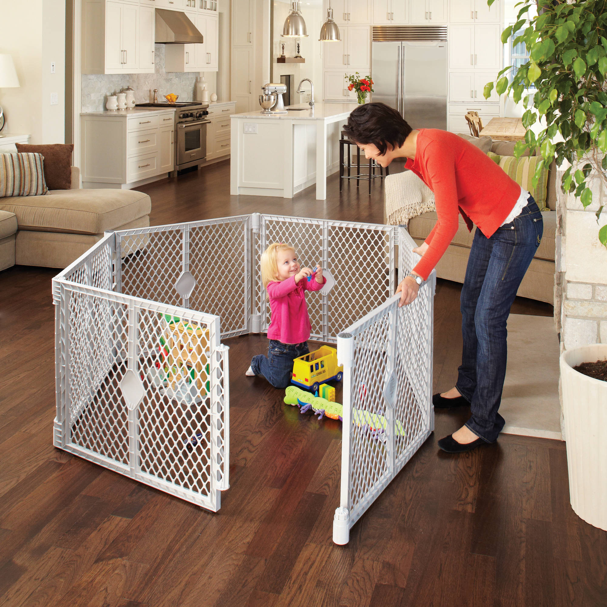 North States Superyard XT Portable Playard