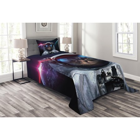Space Cat Bedspread Set, Cosmonaut Kitty in Galaxy Cosmos Nebula Stars with Eclipse Image, Decorative Quilted Coverlet Set with Pillow Shams Included, Dark Blue Black and White, by Ambesonne