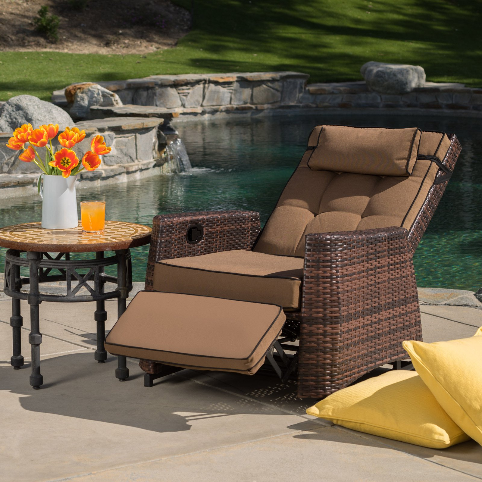 Wicker Outdoor Reclining Lounge Chair