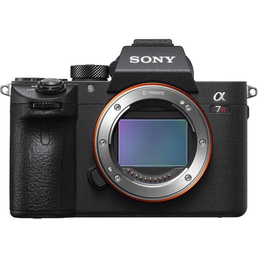 Sony a7R III Full-frame Mirrorless Interchangeable Lens 42.4MP Camera Body