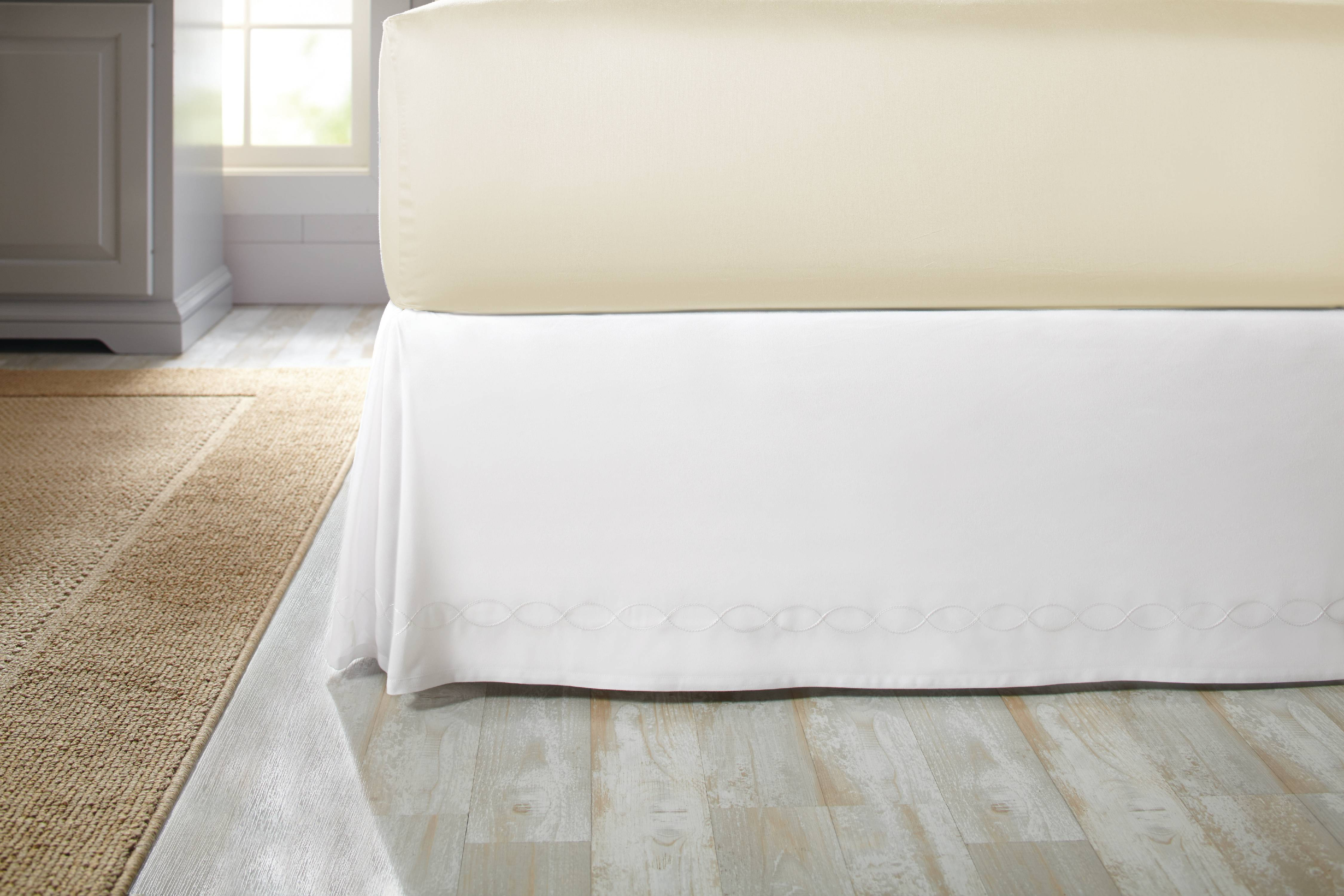 Better Homes and Gardens Chain Stitch Loop Bedskirt by Keeco