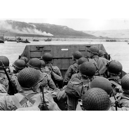LAMINATED POSTER Photo #: SC 320901 Normandy Invasion, June 1944 Troops in an LCVP landing craft approaching Omaha Poster Print 24 x 36