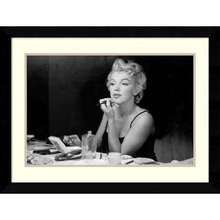 Amanti Art Sam Shaw Marilyn Monroe   Back Stage Framed Art Print 32 X 23 Inch
