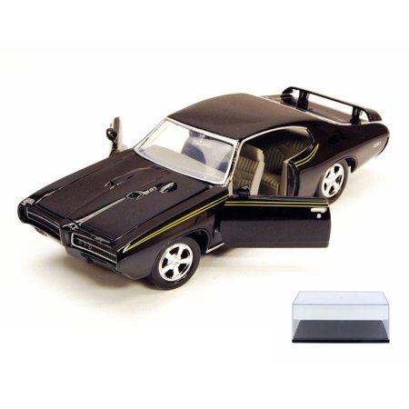 Diecast Car & Display Case Package - 1969 Pontiac GTO Judge, Black - Motor Max 73242W - 1/24 Scale Diecast Model Toy Car w/Display Case Kyosho Motor Case