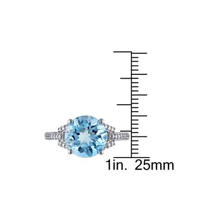 4.50 Carat (ctw) Swiss Blue Topaz Ring in 14K White Gold with Diamonds 1/6 Carat (ctw) - image 3 de 4