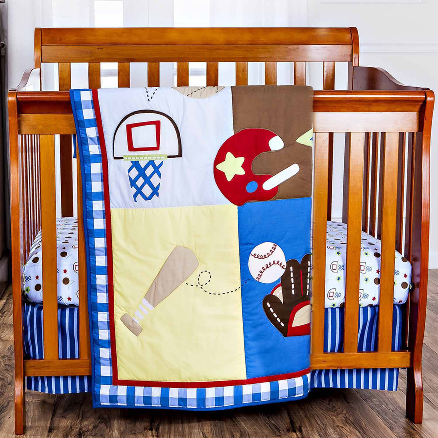 Dream On Me All-Star Athlete 2-Piece Reversible Portable Crib Bedding Set