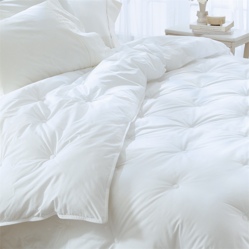 Restful Nights® Ultima Supreme™ Down-Alternative Comforter