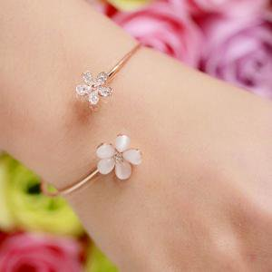 Fancyleo Crystal Double Five Leaf Daisy Open Bangles Opal Stone Rhinestone -