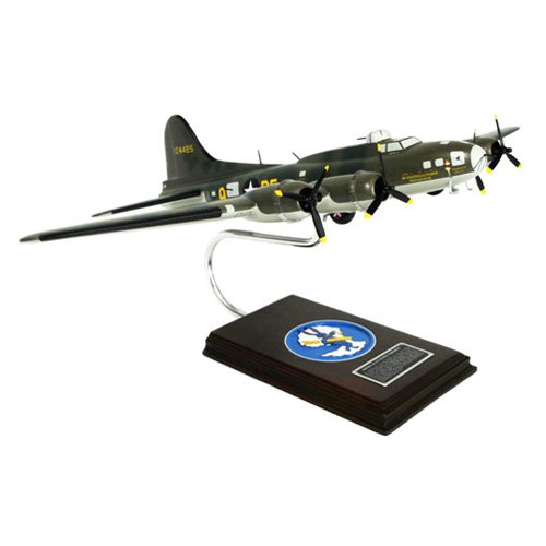 Daron Worldwide B-17F Memphis Belle Model Airplane