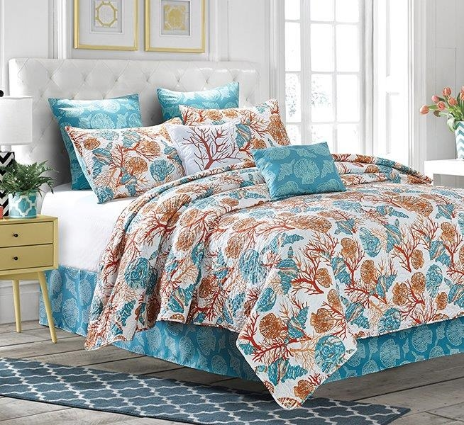 Reversible Coastal Tropical Beach Quilt Set - King Size
