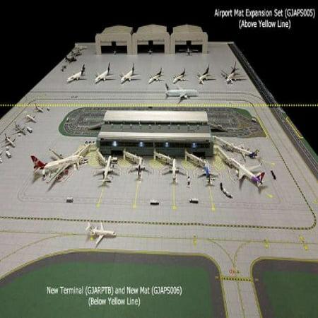 Gemini Jets GJAPS006 Airport Diorama Mat Extension Set of 2 PIECES 1:400 (Diorama Pin)