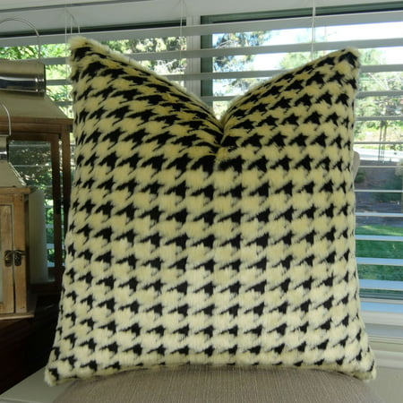 Thomas Collection Black Beige Houndstooth Double Sided Faux Fur Pillow - 17486
