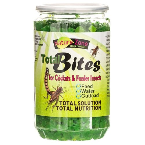 Nature Zone Total Bites for Crickets and Feeder Insects 24 Ounce