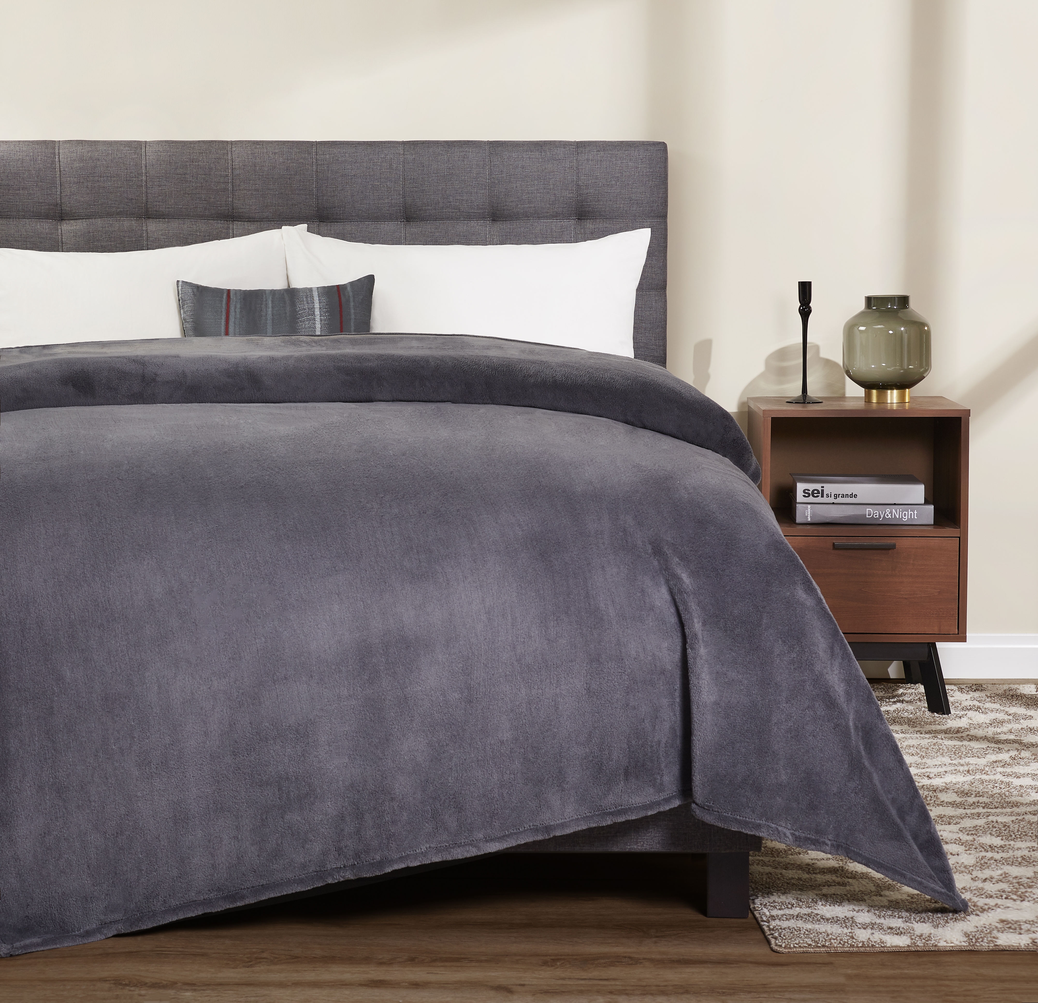 Mainstays Plush Bed Blanket, Multiple Sizes & Colors