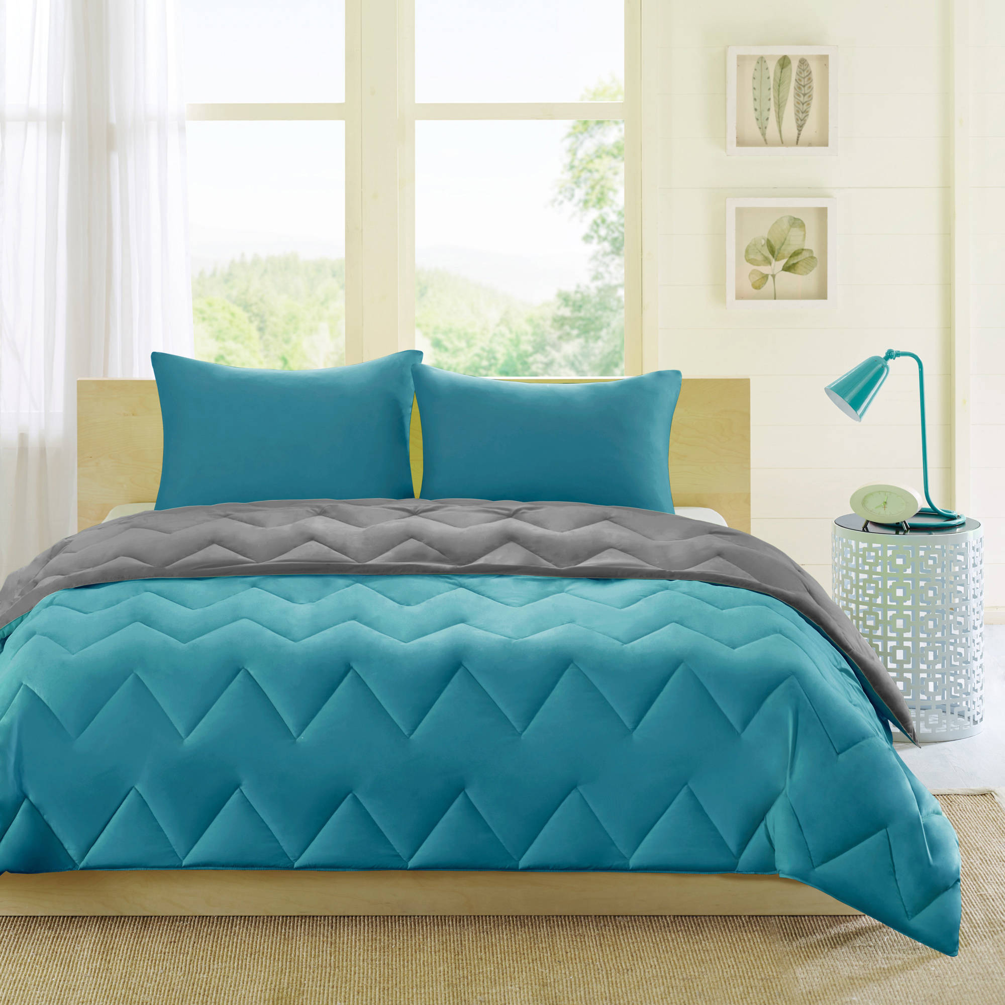 Comfort Classics Penny Reversible Down Alternative Comforter Mini Set