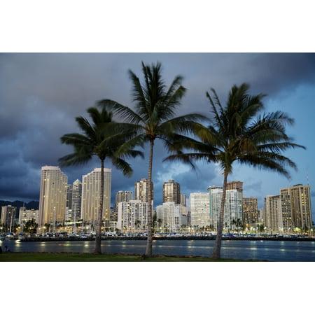 USA Hawaii USA Hawaii Oahu Evening View of City From Magic Island Waikiki PosterPrint - Party City Oahu