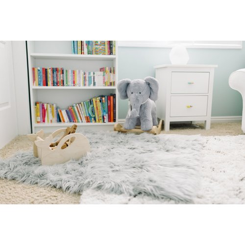 Harriet Bee Boydton Stone Faux Fur Gray Area Rug
