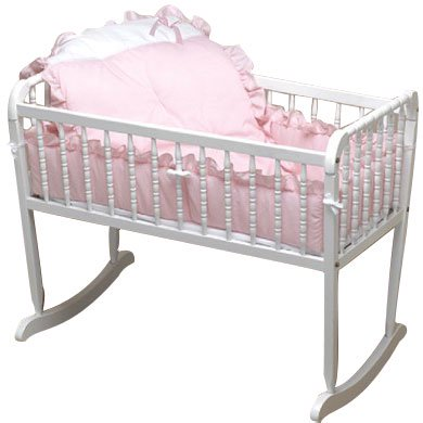 Pretty Pique Cradle Bedding